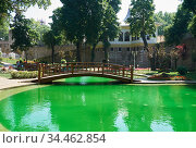 Gulhane Park with fountains with amazing green water, Istanbul. (2016 год). Стоковое фото, фотограф Serg Zastavkin / Фотобанк Лори