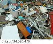 Schrott, metall, eisen, altmetall, schrottplatz, recycling, recyceln... Стоковое фото, фотограф Zoonar.com/Volker Rauch / age Fotostock / Фотобанк Лори