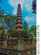 Tall landmark Thousand Buddha Pagoda in the courtyard of the Wenshu... Стоковое фото, фотограф Zoonar.com/Pawel Opaska / easy Fotostock / Фотобанк Лори
