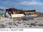 Lake Charles, Louisiana. USA - September 6, 2020:  Hurricane Laura. Destruction from strong winds. A completely ruined store building. Стоковое фото, фотограф Ирина Кожемякина / Фотобанк Лори