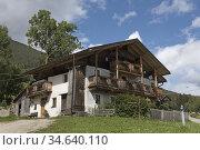 Hameau Haspaberg, Monguelfo-Tesido, Region du Trentin-Haut-Adige, ... Стоковое фото, фотограф Christian Goupi / age Fotostock / Фотобанк Лори