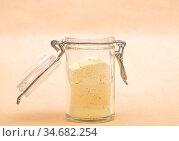 Süßlupinenmehl offenem Glas auf brauenm Hintergrund - Lupin flour... Стоковое фото, фотограф Zoonar.com/lantapix / easy Fotostock / Фотобанк Лори