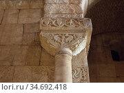 San Pedro de la Nave visigothic church 7-8th centuries, capital. ... Стоковое фото, фотограф J M Barres / age Fotostock / Фотобанк Лори