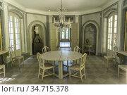 Innenraum des Landhaus Schloss Liselund, Insel Mön, Dänemark, Europa... Стоковое фото, фотограф Peter Schickert / age Fotostock / Фотобанк Лори