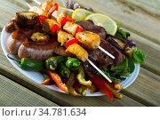 Authentic Bulgarian dish Meshana skara. Стоковое фото, фотограф Яков Филимонов / Фотобанк Лори