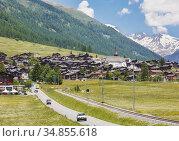 Munster-Geschinen, Valais Canton, Switzerland. Стоковое фото, фотограф Ken Welsh / age Fotostock / Фотобанк Лори