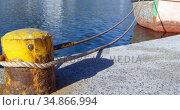 Boat moored to the mooring post 4k. Стоковое видео, агентство Wavebreak Media / Фотобанк Лори