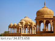 Photo of Hindu tomb mausoleum or Bada Bagh cenotaphs in Rajastan. India. (2012 год). Стоковое фото, фотограф Serg Zastavkin / Фотобанк Лори