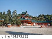Byakko-ro Tower flanking Daigoku-den Hall. Heian-jingu Shrine. Kyoto. Japan (2007 год). Стоковое фото, фотограф Serg Zastavkin / Фотобанк Лори