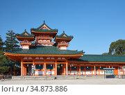 Byakko-ro Tower flanking Daigoku-den Hall. Heian-jingu Shrine. Kyoto. Japan (2007 год). Редакционное фото, фотограф Serg Zastavkin / Фотобанк Лори