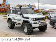 Toyota Land Cruiser Prado 70 (2020 год). Редакционное фото, фотограф Art Konovalov / Фотобанк Лори