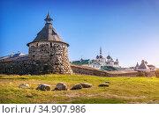 Корожная башня и храмы Соловецкого монастыря. Редакционное фото, фотограф Baturina Yuliya / Фотобанк Лори