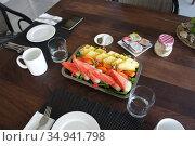 Фрукты на завтрак Фиджи (2019 год). Редакционное фото, фотограф Юрий Хабаров / Фотобанк Лори