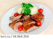 Roast dinner,duck breast. Стоковое фото, фотограф monica-photo / easy Fotostock / Фотобанк Лори