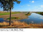 Natural site of the Vicario reservoir, in Peralvillo, Ciudad Real. Стоковое фото, фотограф Julián Maldonado / easy Fotostock / Фотобанк Лори