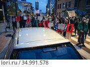 Warsaw, Poland - October 26, 2020: Thousands of people blocked the... Редакционное фото, фотограф Konrad Zelazowski / age Fotostock / Фотобанк Лори