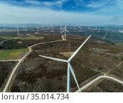 Windmills or wind turbine on wind farm (2019 год). Стоковое фото, фотограф Михаил Коханчиков / Фотобанк Лори