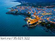 Nerja city with coastline in province of Malaga at night. Стоковое фото, фотограф Яков Филимонов / Фотобанк Лори