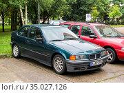 BMW 3-series Compact (2013 год). Редакционное фото, фотограф Art Konovalov / Фотобанк Лори