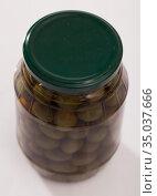 Glass jar of olives. Стоковое фото, фотограф Яков Филимонов / Фотобанк Лори