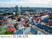 Вид с церкви Олевисте. Таллин, Эстония (2012 год). Редакционное фото, фотограф Александр Щепин / Фотобанк Лори