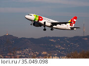 TAP Air Portugal Airbus A319 CS-TTK taking off from Barcelona Airport. Редакционное фото, фотограф Яков Филимонов / Фотобанк Лори