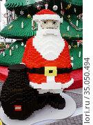 Christmas tree and Santa Claus made of Lego building toy bricks, ... Стоковое фото, фотограф Andre Maslennikov / age Fotostock / Фотобанк Лори