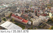 Panoramic aerial view of autumn townscape of Czech city of Liberec overlooking Neo-Renaissance building of Town Hall. Стоковое видео, видеограф Яков Филимонов / Фотобанк Лори