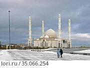 Hazrat Sultan Mosque in winter. Казахстан. Редакционное фото, фотограф Валерия Попова / Фотобанк Лори