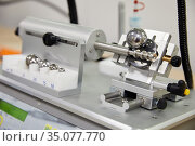 Tribometer, Calotester, Instrument for measuring thickness of thin... Стоковое фото, фотограф Javier Larrea / age Fotostock / Фотобанк Лори