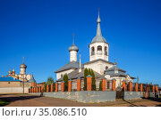 Churches in Rostov the Great, Russia (2019 год). Стоковое фото, фотограф Юлия Бабкина / Фотобанк Лори