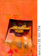 rusty red ship anchor close-up. Стоковое фото, фотограф Константин Лабунский / Фотобанк Лори