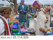 Vendors sell produce at the public market in the town of Hawzen, ... (2020 год). Редакционное фото, фотограф Sergi Reboredo / age Fotostock / Фотобанк Лори