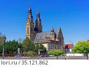 Kirche, Sankt Joseph. Стоковое фото, фотограф Bernd J. W. Fiedler / age Fotostock / Фотобанк Лори