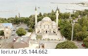 the old Juma-Jami mosque stands by the sea. Редакционное видео, видеограф Aleksandr Sulimov / Фотобанк Лори
