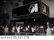 Crowd.at Sirius XM radio reopens Studio 54.'One Night Only' 10-18... (2011 год). Редакционное фото, фотограф Adam Scull / age Fotostock / Фотобанк Лори