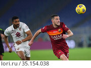 Gleison Bremer (Torino) Jordan Veretout (Roma) during the match ,... Редакционное фото, фотограф Federico Proietti / Sync / AGF/Federico Proietti / / age Fotostock / Фотобанк Лори