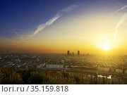 A new day begin at Lyon city, France. Стоковое фото, фотограф Fontaine Gäel / easy Fotostock / Фотобанк Лори