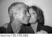 Dick Van Dyke Mary Tyler Moore Undated.Photo By Adam Scull/PHOTOlink... Редакционное фото, фотограф Adam Scull / age Fotostock / Фотобанк Лори