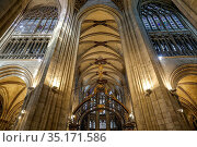 Notre Dame (Our Lady) cathedral, Evreux, France. Nave. Стоковое фото, фотограф Philippe Lissac / Godong / age Fotostock / Фотобанк Лори