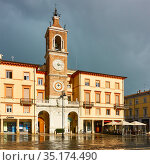Piazza Tre Martiri in Rimini. Редакционное фото, фотограф Роман Сигаев / Фотобанк Лори