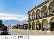 Municipality building, Antigua, Guatemala, Central America. Редакционное фото, фотограф Николай Коржов / Фотобанк Лори