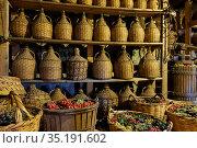 Wine bottles in old wine cellar. Стоковое фото, фотограф Роман Сигаев / Фотобанк Лори