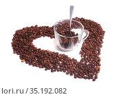 Grains of coffee and  glass cup. Стоковое фото, фотограф Юрий Бизгаймер / Фотобанк Лори