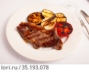 Beef entrecote with garnish of vegetables grill. Стоковое фото, фотограф Яков Филимонов / Фотобанк Лори