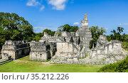 Famous ancient Mayan temples in Tikal National Park, Guatemala, Central America. Стоковое фото, фотограф Николай Коржов / Фотобанк Лори