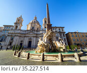 Sant'Agnese in Agone church and fiumi fountain in Piazza Navona - ... Стоковое фото, фотограф Stefano Ravera / age Fotostock / Фотобанк Лори