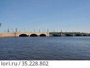 Вид на Троицкий мост с Петропавловской крепости (2019 год). Стоковое фото, фотограф Татьяна Шикова / Фотобанк Лори