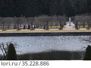 Весна в Петергофе (2019 год). Редакционное фото, фотограф Татьяна Шикова / Фотобанк Лори