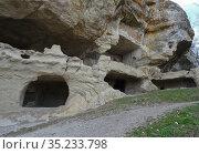 Пещерный город Тепе-Кермен (VIII-XIVвв) Стоковое фото, фотограф Ярослав Коваль / Фотобанк Лори
